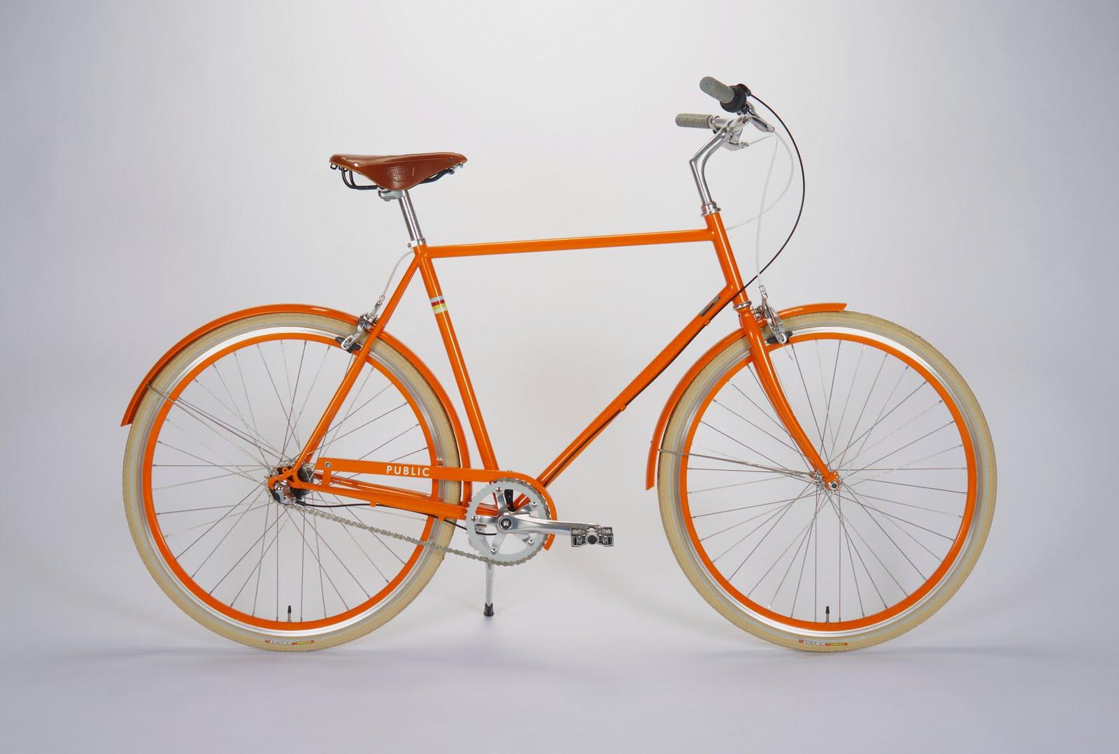 Klassisk orange designet cykel