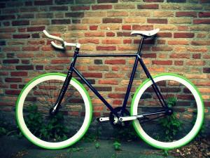 DezignCore.dk - Fixie Green background 1920